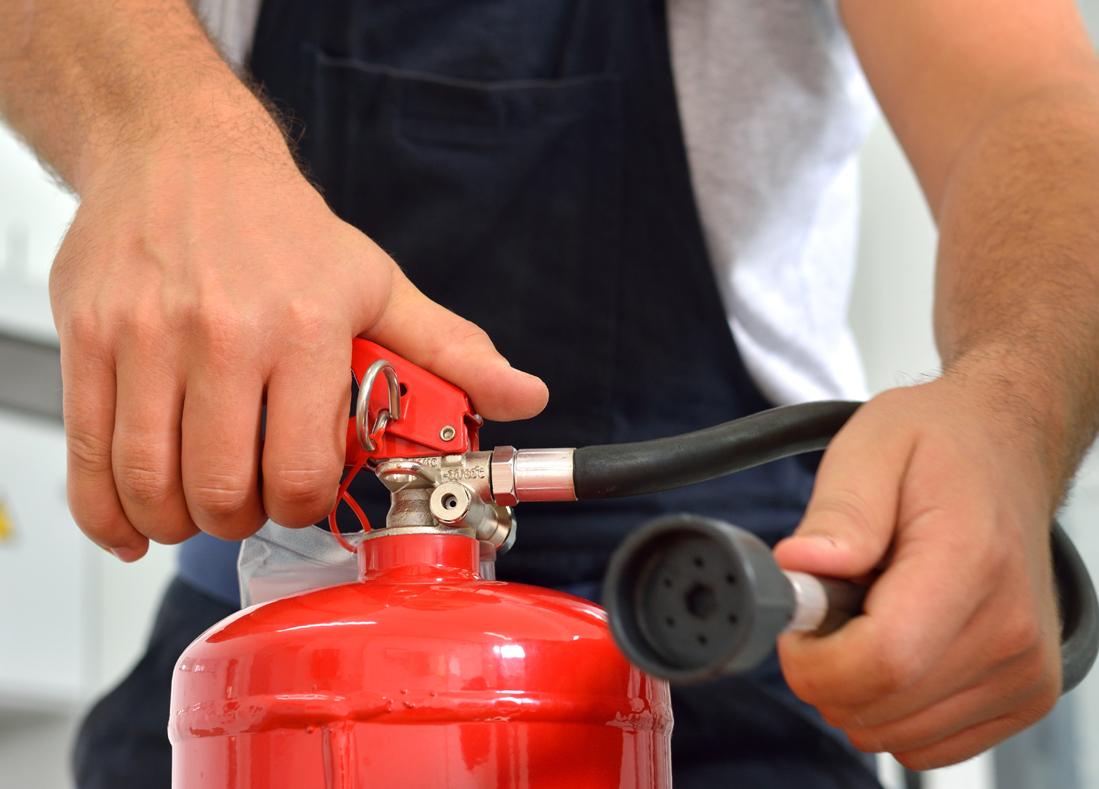 Mūsų teikiamos paslaugos   įvairių priešgaisrinių sistemų pardavimas irdiegimas  priešgaisrinio vandentiekio įrengimas  gaisro aptikimo ir signalizavimo sistemų pardavimas ir diegimas  komutacinių spintų priešgaisrinės apsaugos ir gaisro gesinimo sistemų diegimas, aptarnavimas  gesintuvų, gaisrinių žarnų, gaisrinio vandentiekio techninisaptarnavimas  priešgaisrinisdažymas  gaisrinių saugos instrukcijų rengimas  evakuacijos planų rengimas
